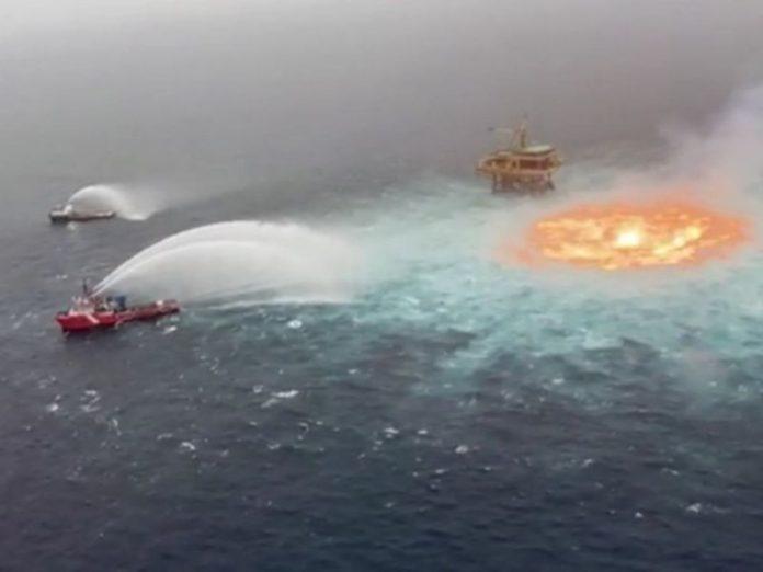 Incendio en la sonda de Campeche
