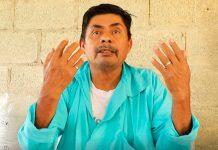 Mestro Gilberto propone que regrese el uniforme tradicional en el totonacapan (Foto: Jorge Huerta E.)