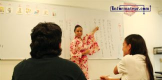 enseñanza de japonés en la UV (Foto: Jorge Huerta E.)