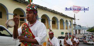 El alcalde de Papantla, Eric Domínguez ofreció el apoyo a danzantes voladores (Foto: Jorge Huerta E.)