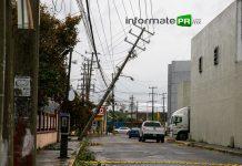Poco a poco, la CFE va restableciendo la energía eléctrica luego del paso del huracán Grace (Foto: Jorge Huerta E.)